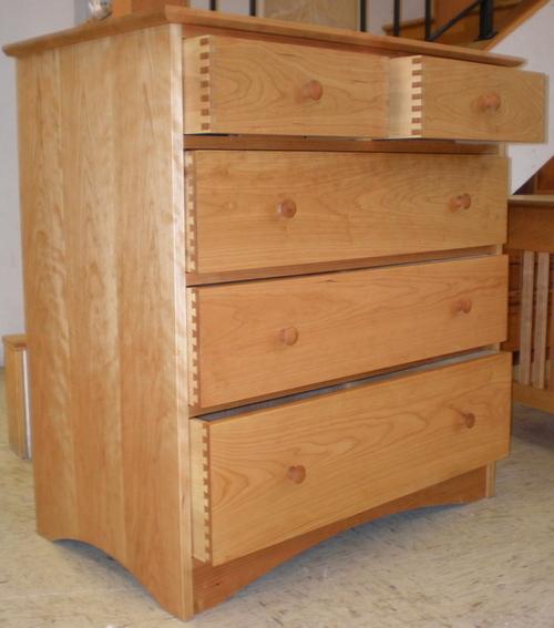 Dresser_fin